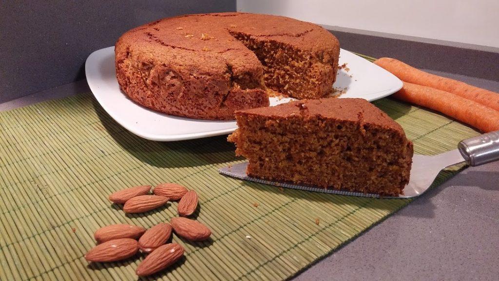 2 Ricette per una torta di mandorle e carote vegana o senza glutine